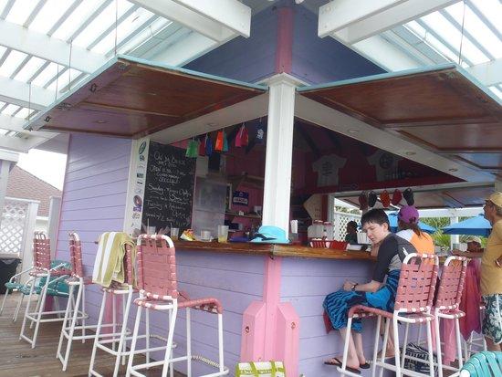 Turtle Hill Vacation Villas: da bar
