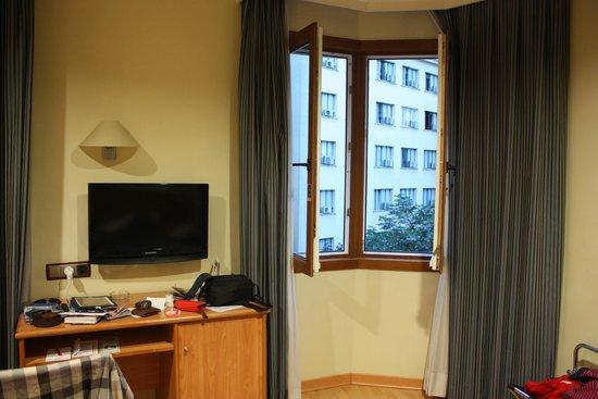 Hotel II Castillas: Room