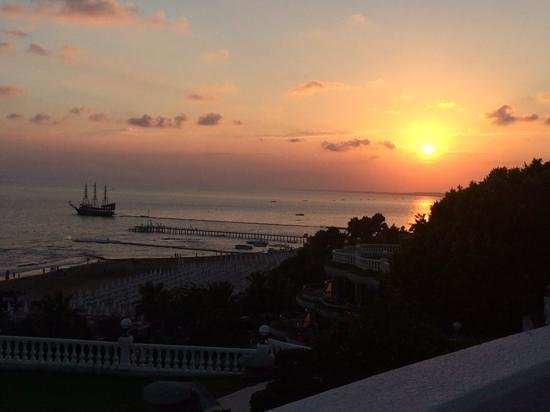 Crystal Sunrise Queen Luxury Resort & SPA: закат прекраснейший