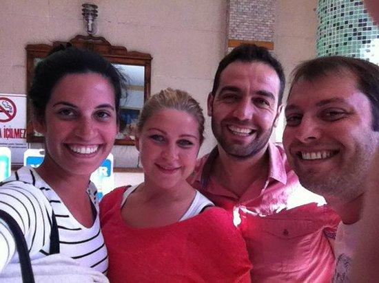 Nur Hotel: Con Erhan y Rita