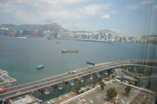 Ibis Hong Kong North Point: harbour view from the room