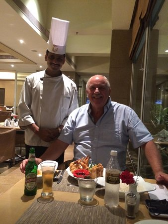 Park Plaza Chennai Omr: Chef Satthya Ban Shaw serves me a great meal