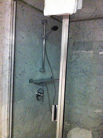 NYLO New York City: Great bath