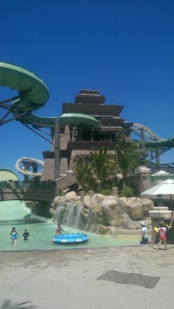 Aquaventure Waterpark: slides