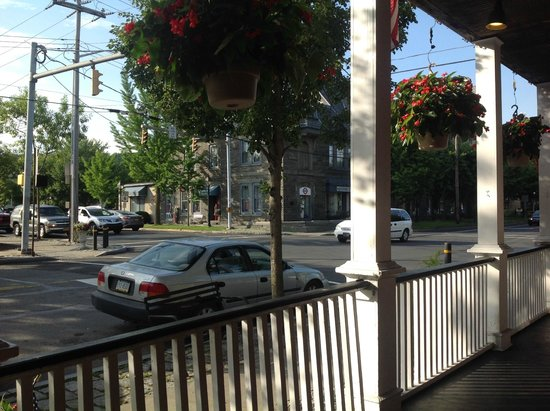 Jorgensen's at Dimmick Inn: The view from the Jorganson's porch