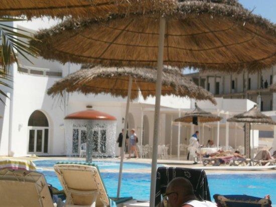 Homere Hotel: bord de la piscine