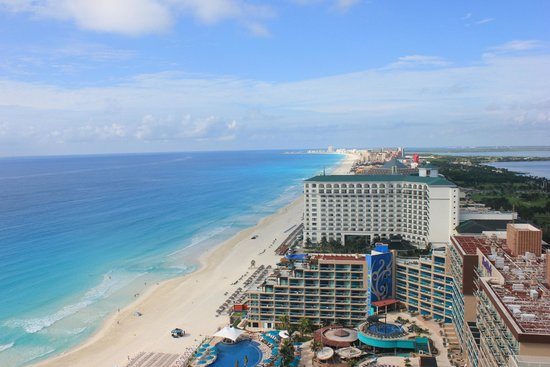 Secrets The Vine Cancún: View from room 2703, breath taking!