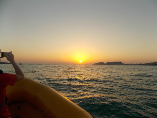 The Yellow Boats : Sunset