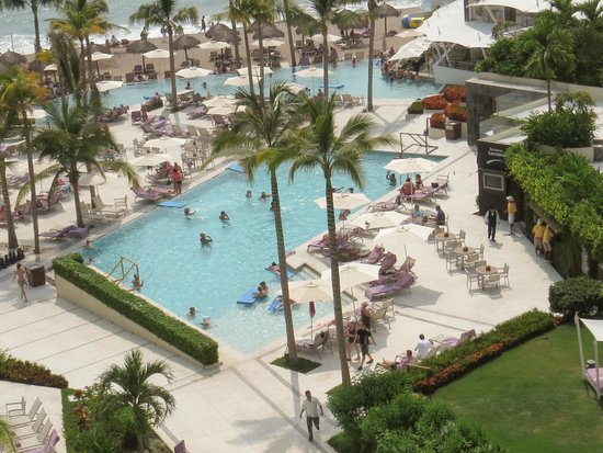 Now Amber Puerto Vallarta : View of one of pools from our room