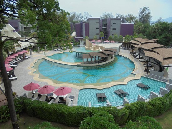 Andaman Embrace Patong : Swiming Pool