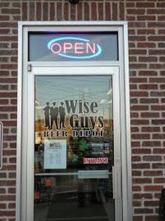 Wise Guys Beer Depot : Front Door