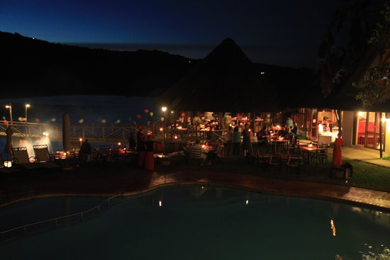 Umngazi River Bungalows & Spa : Evening