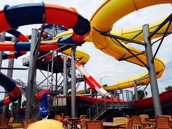 Coco Key Hotel and Water Park Resort: The big water slides