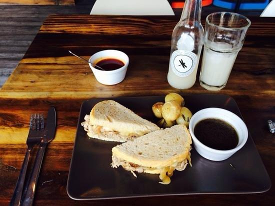 Drakos: roast beef with au jus and Drako labs guayaba and cardamom beverage