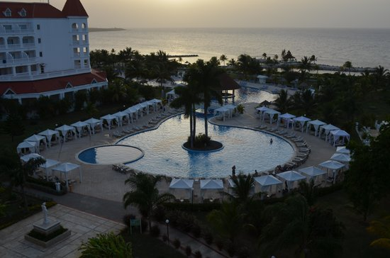 Luxury Bahia Principe Runaway Bay Don Pablo Collection: View of room at sunset