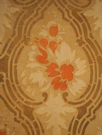Antica Residenza Cicogna: particolare decoro stanza liberty