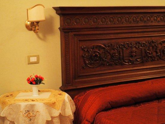 Antica Residenza Cicogna : stanza dei ricami