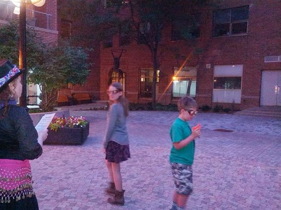 Haunted Walk of Ottawa: Sibling duel re-enactment. Caroline, our tour guide is on the left