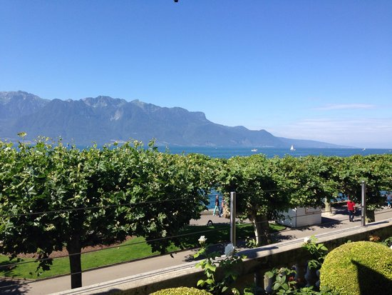 Hotel des Trois Couronnes : View from its terrace