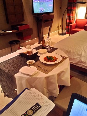 Jumeirah Creekside Hotel: great in room dining