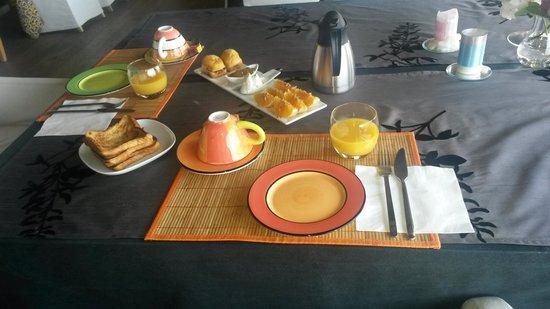 Los Llaureles Restaurante: El desayuno