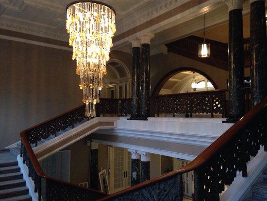 Waldorf Astoria Edinburgh - The Caledonian: Staircase