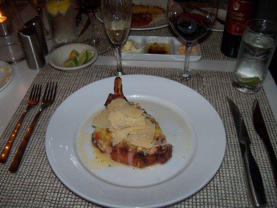 L.G. Smith's Steak & Chop House : Pork Chop Appetizer