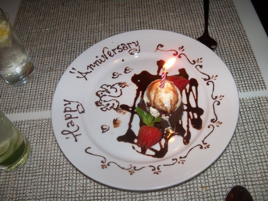 L.G. Smith's Steak & Chop House : Chocolate Torte celebration