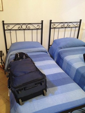 B&B San Fiorenzo : Twins or can be a double