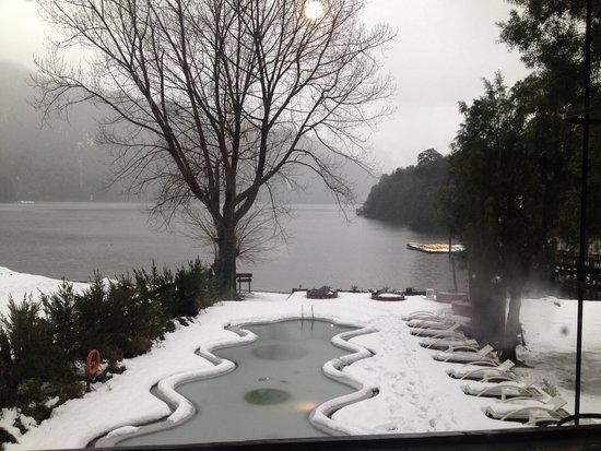 Marina del Fuy Lodge: Piscina nevada