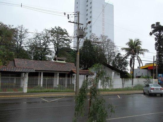 Ibis Foz Do Iguacu: Arredor do Hotel IBIS
