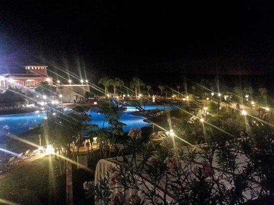 Hotel Bonalba Alicante : Vista a la piscina desde la habitación 44