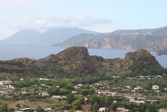 Scalata al Cratere : Живописные вида на одной из остановок