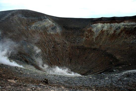Scalata al Cratere : Жерло выглядит как попа:)