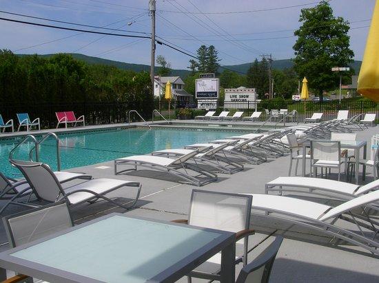 Villa Vosilla: Outside Pool