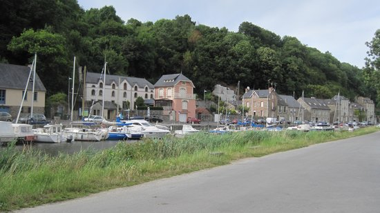 Mercure Dinan Port : Walking route on the doorstep of the hotel