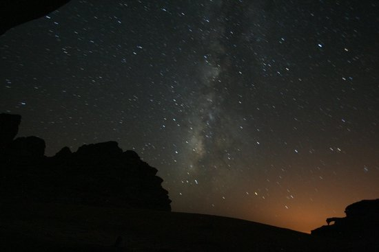 نتيجة بحث الصور عن ‪sleep under the stars in Wadi Rum‬‏