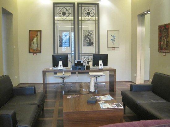 Hotel Orto De Medici: Hotel Foyer