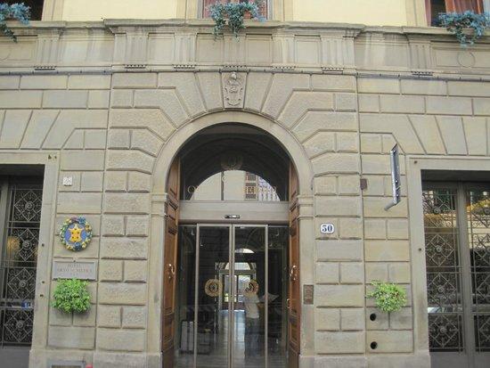 Hotel Orto De Medici: Outside of hotel