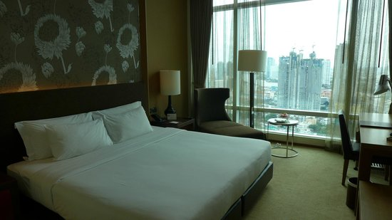 Eastin Grand Hotel Sathorn : Schlafzimmer