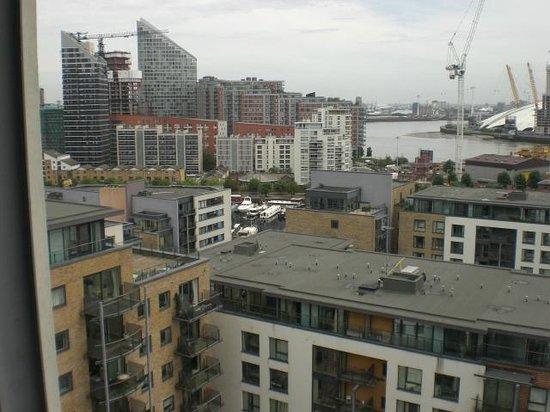 Fraser Place Canary Wharf: 1213