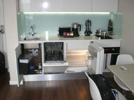 Fraser Place Canary Wharf: 1213 Excellent Kitchen, quality makes