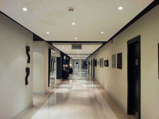 Crowne Plaza Stratford-Upon-Avon: Hotel interior