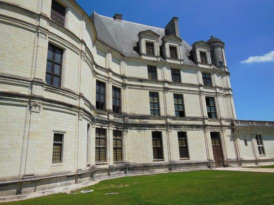 Château de Chambord : Distinctive French Renaissance architecture
