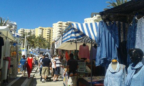 Puerto Deportivo de Estepona : Sunday market at Estepona Marina