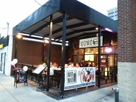 MoMo Chicken and Jazz: Outdoor Seating & Exterior Shot