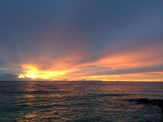 Castello Beach Hotel: Unvergesslicher Sonnenuntergang