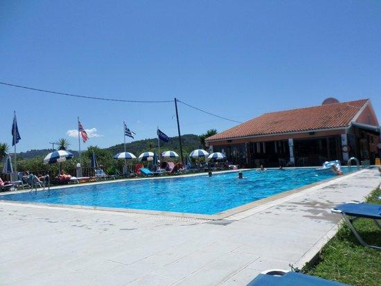 Monika Hotel Apartments: The pool :)