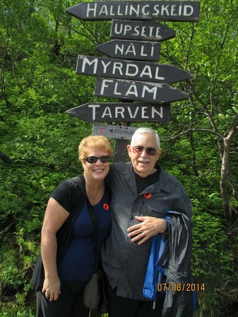 The Flam Railway : Markers up top