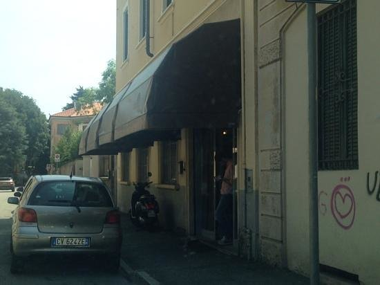 Barracudino Easy&Chic: street view